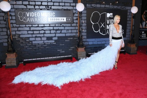 Rita+Ora+Arrivals+MTV+Video+Music+Awards+VNuSjiQMpbZx